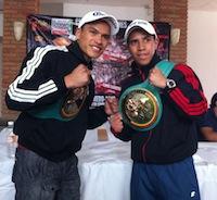 En la foto los hermanos Ceja: Pollito y Gallito