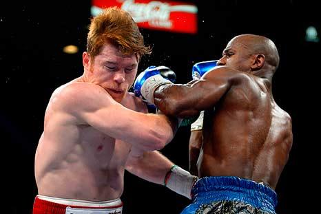 """Canelo"" Álvarez vs Floyd Mayweather"
