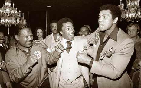 (Muhammad Ali, Sugar Ray Robinson y Sugar Ray Leonard)