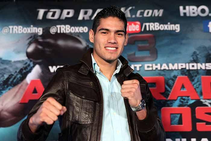 "Gilberto ""Zurdo"" Ramirez - Zápari Boxing Promotions"