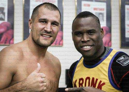 Kovalev campeón de la AMB, FIB y OMB vs Stevenson campeón del CMB