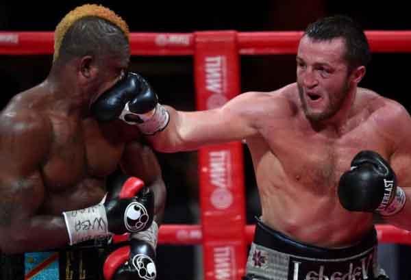 Kalenga vs Lebedev - Foto AFP