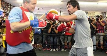 Roach y Pacquiao en una sesión de entrenamiento