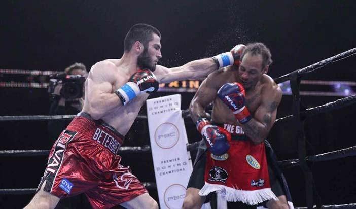 Beterbiev vs Johnson  (Lucas Noonan / Premier Boxing Champions)