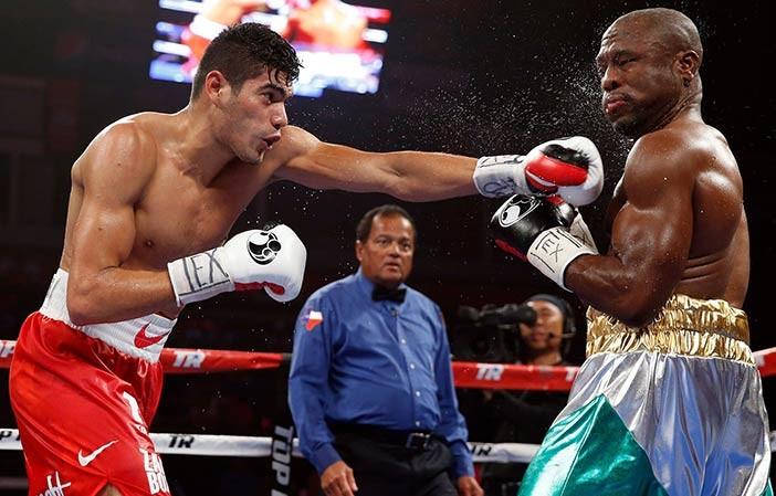 "Gilberto ""Zurdo"" Ramírez vs  Derek  Edwards"