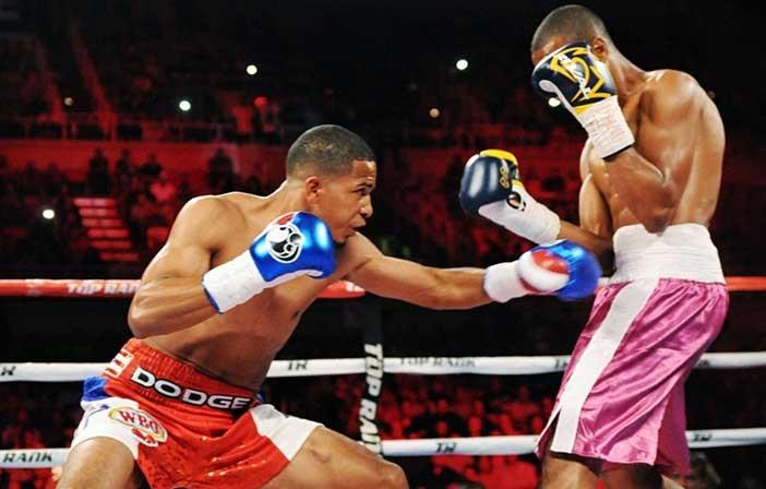 Verdejo vs Dos Santos - Crédito: Chris Farina / Top Rank Boxing