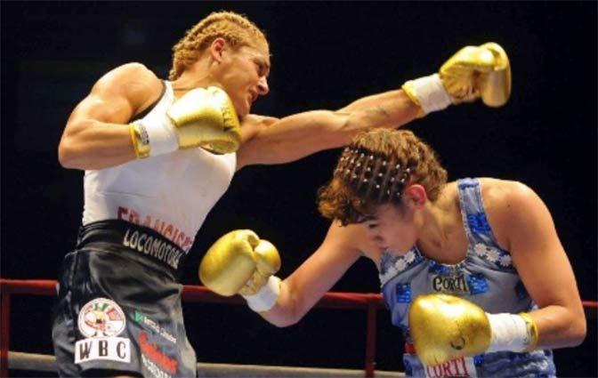 "Alejandra Oliveras vs ""La Tigresa"" Acuña"