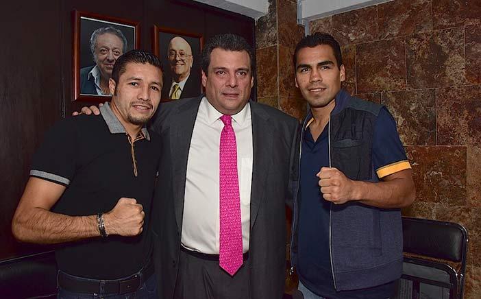 González, Sulaimán y Molina.