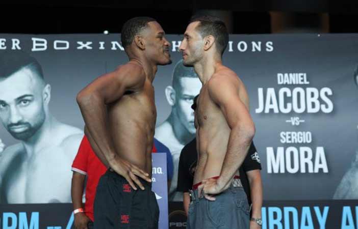 Daniel Jacobs vs Sergio Mora (Foto Lucas Noon / Premier Boxing Champions)