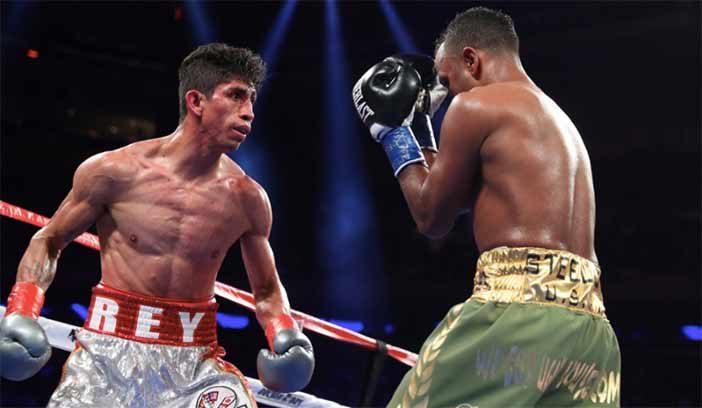 Rey Vargas vs Óscar Negrete (Foto: HBO Boxing)
