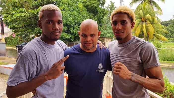 Alfredo Santiago, Anthony Otero y Subriel Matthew (Foto: Esdel Palermo)