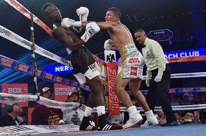 Miguel Berchelt vs Awuku (Foto: Zanfer Boxing)