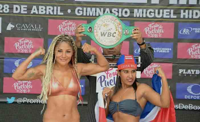 "Mariana ""La Barby"" Juárez vs Carolina ""La Princesa"" Arias"