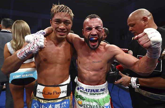 """Masayuki Ito y """"Pitufo"""" Díaz (Foto: Mikey Williams / Top Rank)"""