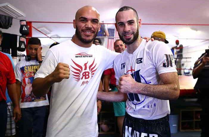"Ray Beltrán y ""Sniper"" Pedraza (Fotos: Mikey Williams/Top Rank)"