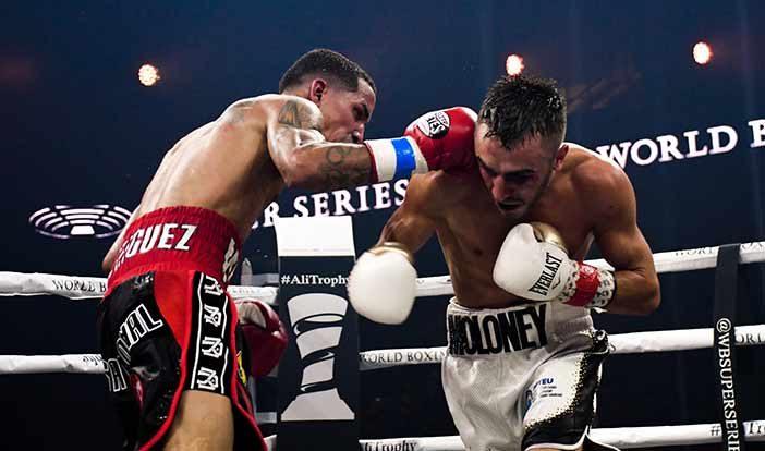 Emmanuel Rodríguez vs Jason Moloney (Foto: Alex Nunez / Fresh Productions Boxing)