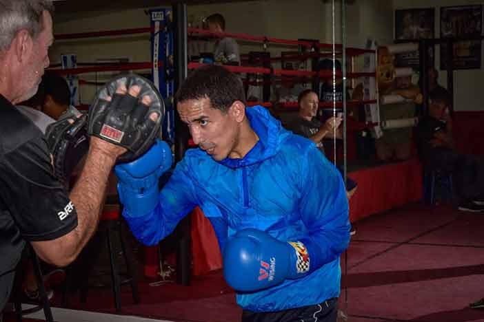 """""""Manny"""" Rodríguez (Fotos por Alex Nunez / Fresh Productions Boxing)"""