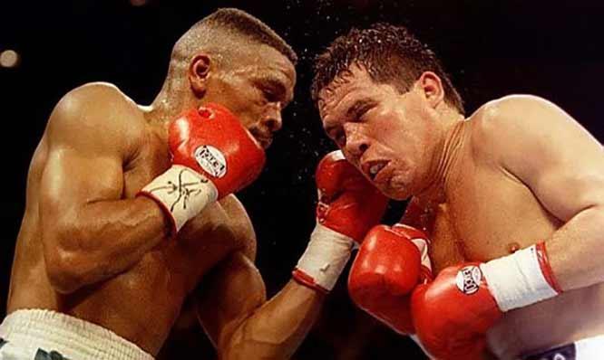 Frankie Randall vs Julio César Chávez