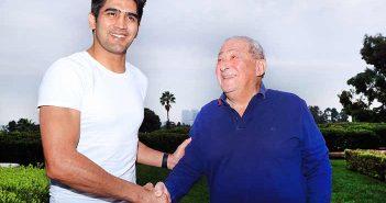 Vijender Singh y Bob Arum