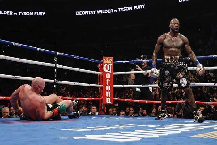 Wilder derriba a Fury