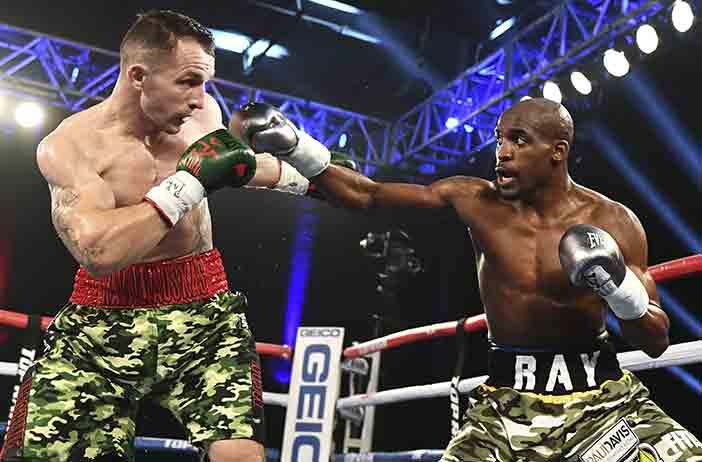 Egidijus Kavaliuskas vs Ray Robinson (Foto: Top Rank)
