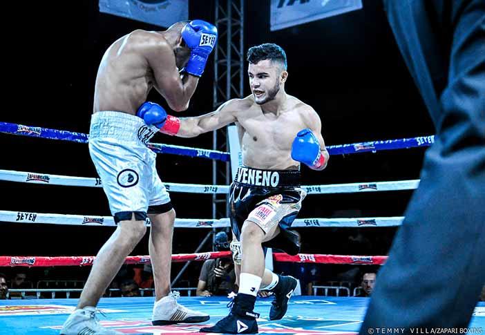 "Josús ""Veneno"" Aréchiga -Fotos: Temmy Villa, Zápari Boxing Promotions"
