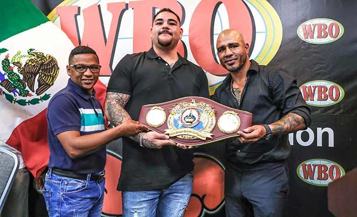 Iván Calderón, Andy Ruiz y Miguel Cotto (Foto: Víctor Planas / WBO