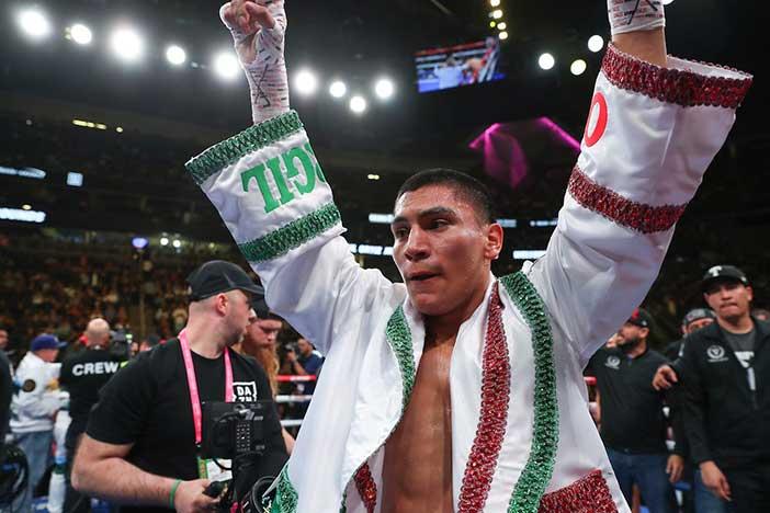 DAZN Vergil Ortiz Jr. (Ed-Mulholland Matchroom-Boxing USA)