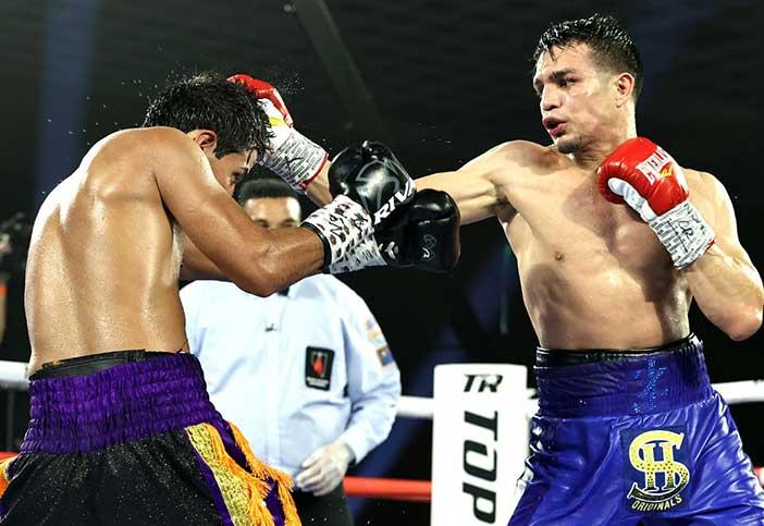 José 'Chon' Zepeda vs. Kendo Castaneda (Foto: Mikey Williams / Top Rank)