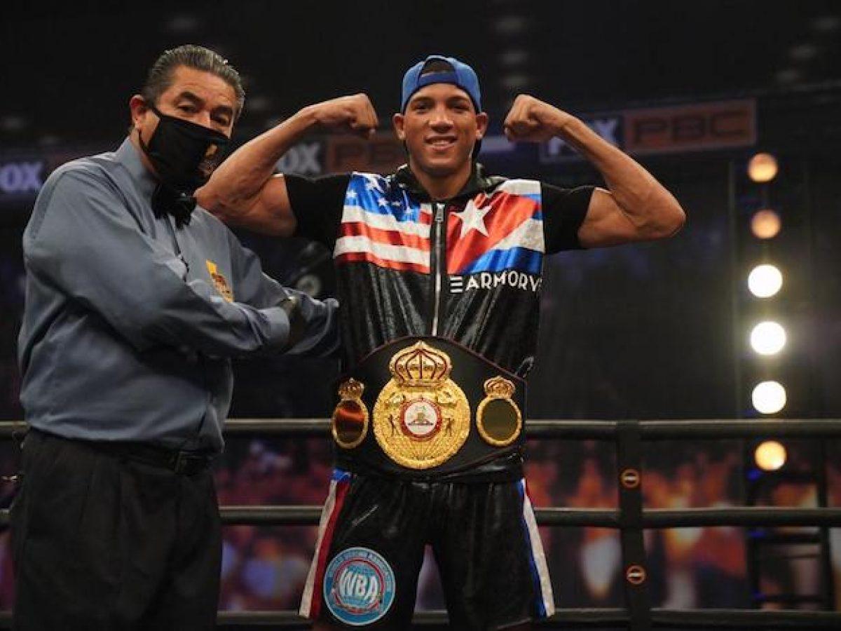 El cubano David Morrell Jr. realizará apenas su quinta pelea como profesional ante Cázares, pero esta será exponiendo su cetro universal AMB de las 168 libras.