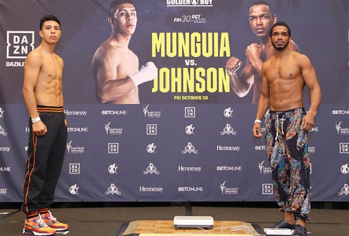 Jaime Munguía vs Tureano Johnson (Tom Hogan - Hoganphotos / Golden Boy)