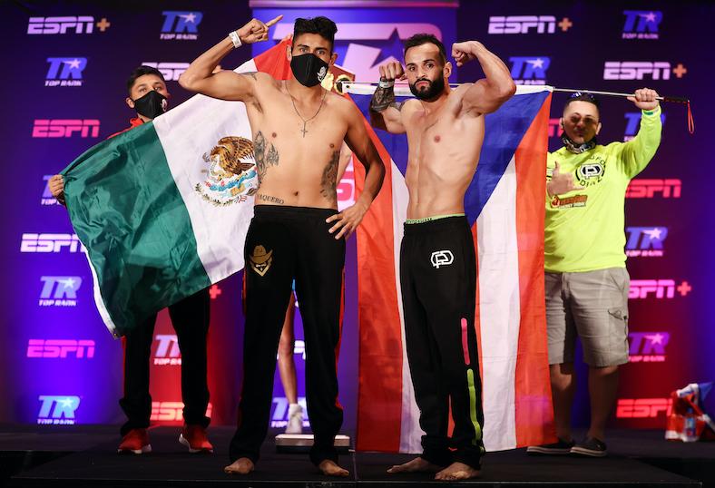 Emanuel Navarrete v Christopher Díaz (Foto: Mikey Williams (Top Rank vía Getty Images)