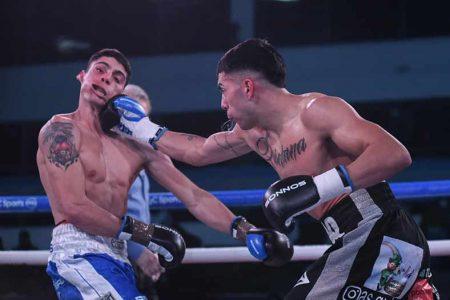 Agustin Quintana vs. Claudio Daneff (FOTOS: CORTESÍA BOXEO DE PRIMERA)