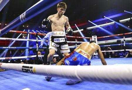 Naoya Inoue derriba a Dasmarinas(Mikey Williams / Top Rank vía Getty Images)
