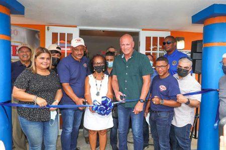 OMB: Debuta espectacular gimnasio de boxeo en Vieques(Víctor Planas / OMB)