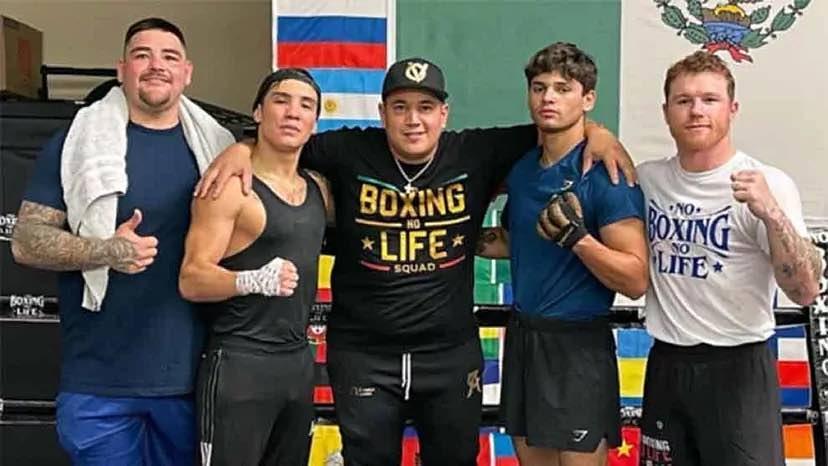 Andy Ruiz, Valdez, Reynoso, Ryan García y Canelo (Foto: @caneloteam)
