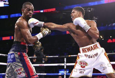 Jamel Herring vs. Shakur Stevenson (Mikey Williams / Top Rank vía Getty Images)