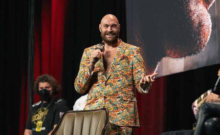 Tyson Fury ( Ryan Hafey/Premier Boxing Champions)